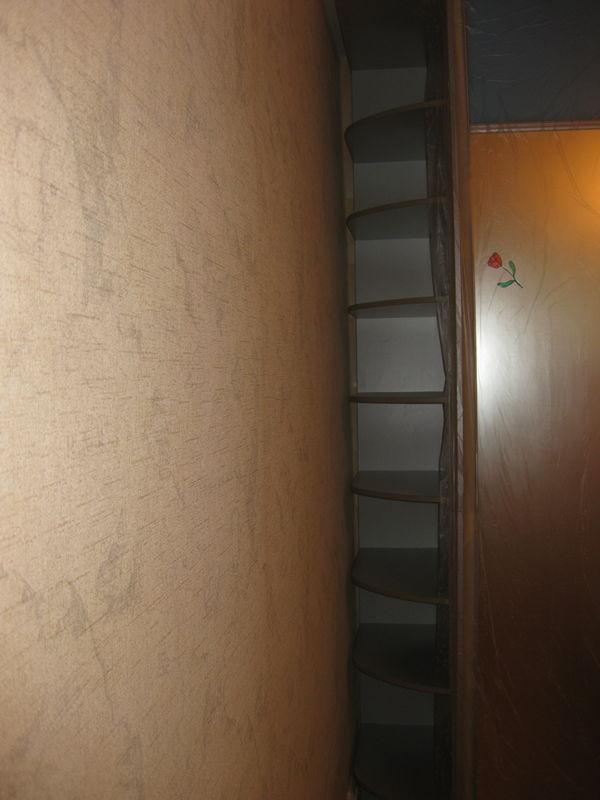 Щель между шкафом и стеной