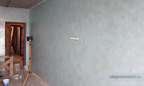 Стены покрыты Di Perla
