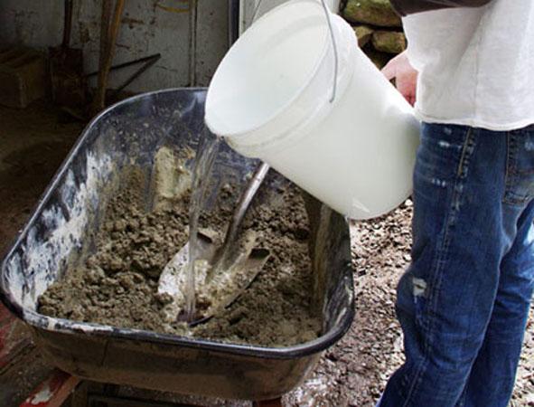 Применение воды в бетонной смеси