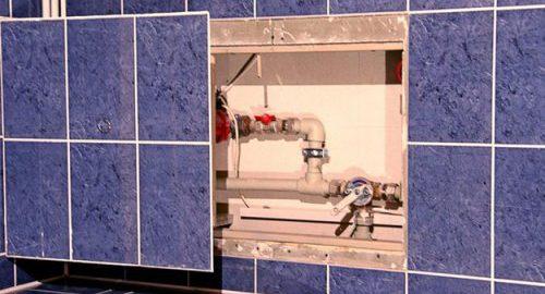 Как спрятать коммуникации в ванной комнате